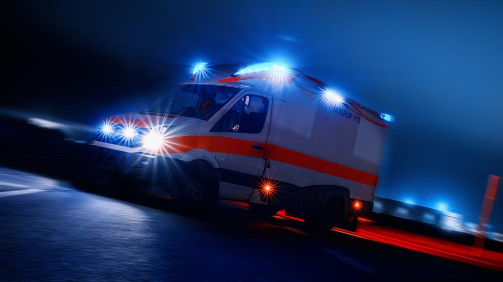 ambulance-4166901